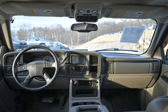 2005 Chevrolet Suburban LT Naugatuck, Connecticut 17
