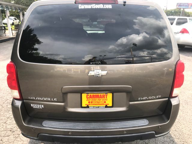 2005 Chevrolet-Showroom Condition! Uplander-CARMARTSOUTH.COM LS-BUY HERE PAY HERE! Knoxville, Tennessee 4
