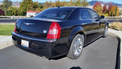 2005 Chrysler 300 300C | Ashland, OR | Ashland Motor Company in Ashland, OR