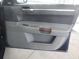 2005 Chrysler 300 300C Gardena, California 12