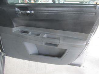 2005 Chrysler 300 Gardena, California 13
