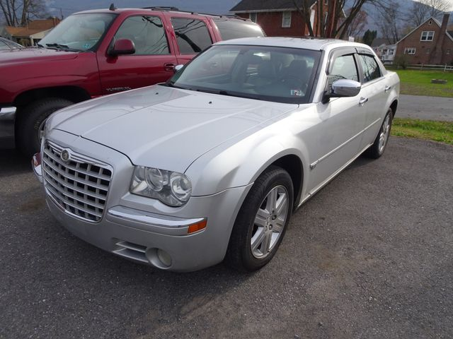 2005 Chrysler 300 300C AWD