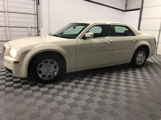 2005 Chrysler 300 Limited Leather Low miles  city Oklahoma  Raven Auto Sales  in Oklahoma City, Oklahoma