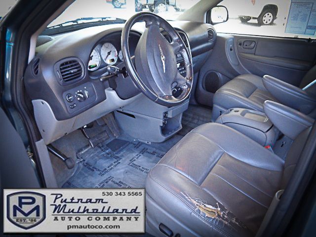2005 Chrysler Town & Country Touring Chico, CA 7