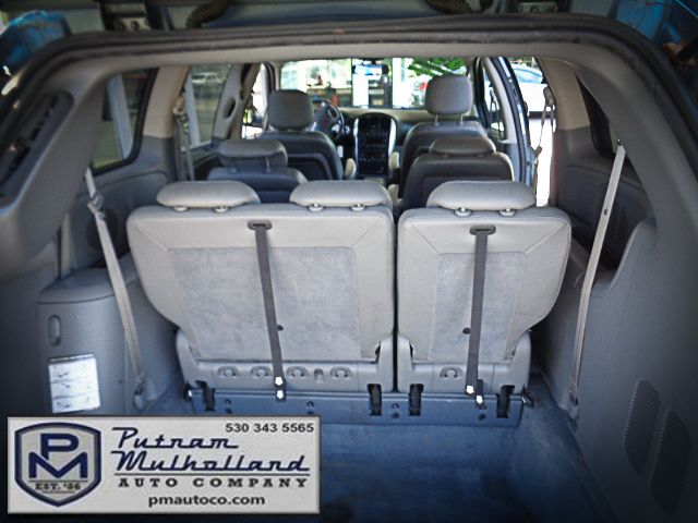 2005 Chrysler Town & Country Touring Chico, CA 9