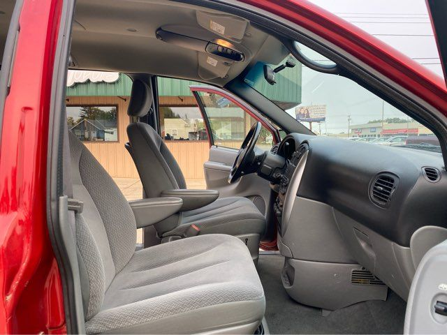 2005 Chrysler Town & Country Touring in Dickinson, ND 58601