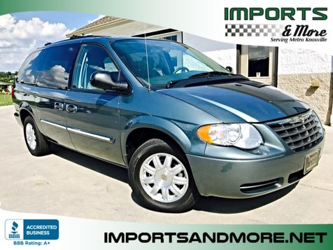 2005 Chrysler Town & Country Touring in Lenoir City, TN