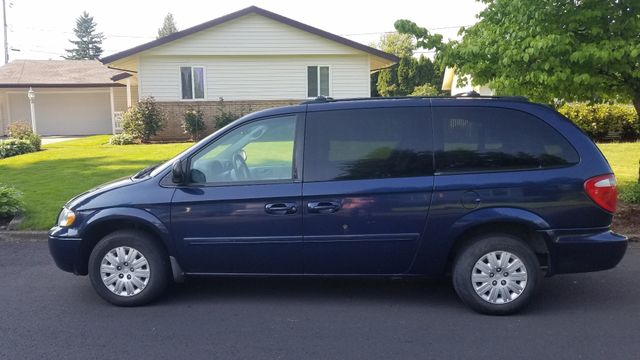 2005 Chrysler Town & Country LX in Portland, OR 97230