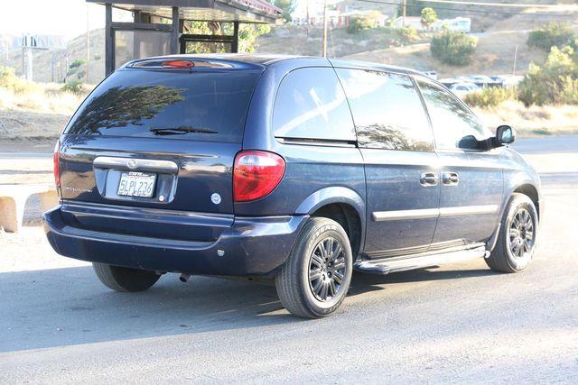 2005 Chrysler Town & Country Santa Clarita, CA 6