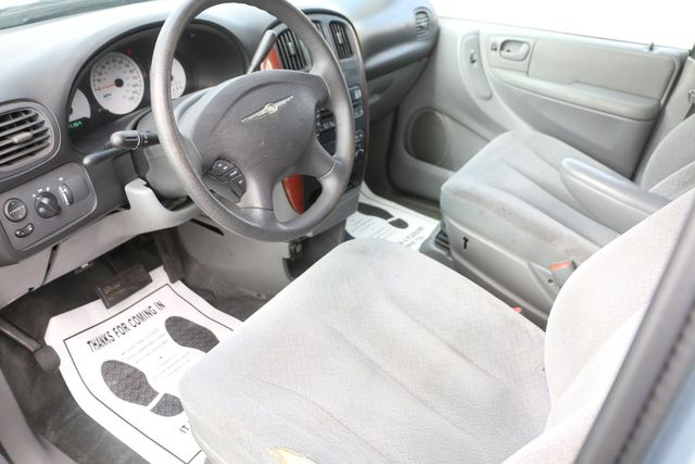 2005 Chrysler Town & Country LX Santa Clarita, CA 8
