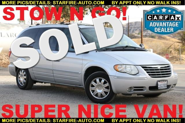 2005 Chrysler Town & Country Limited Santa Clarita, CA