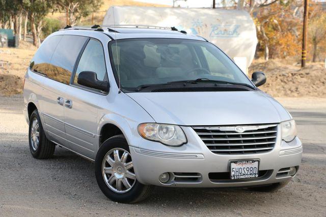 2005 Chrysler Town & Country Limited Santa Clarita, CA 3