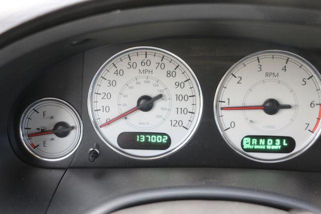2005 Chrysler Town & Country Limited Santa Clarita, CA 19
