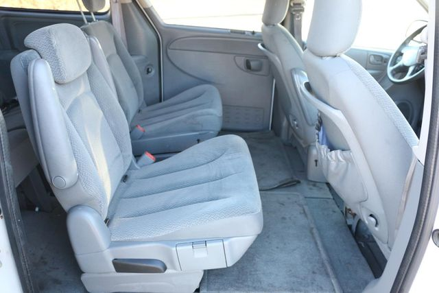 2005 Chrysler Town & Country LX Santa Clarita, CA 18