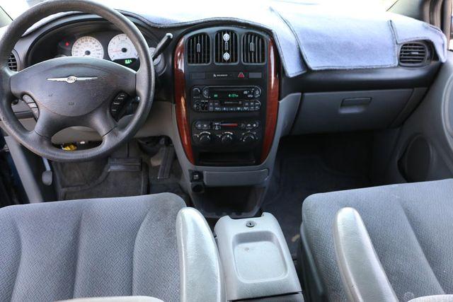 2005 Chrysler Town & Country LX Santa Clarita, CA 7
