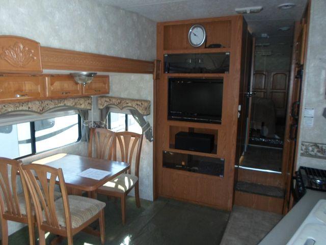 2005 Coachmen Chaparral 277DS Salem, Oregon 4