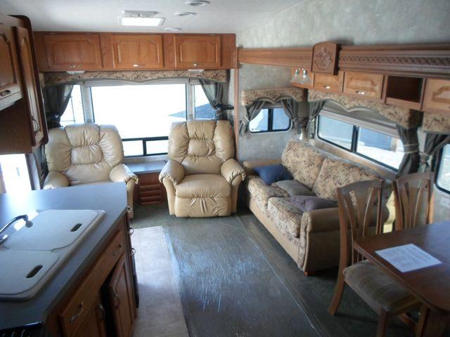 2005 Coachmen Chaparral 277DS Salem, Oregon 5