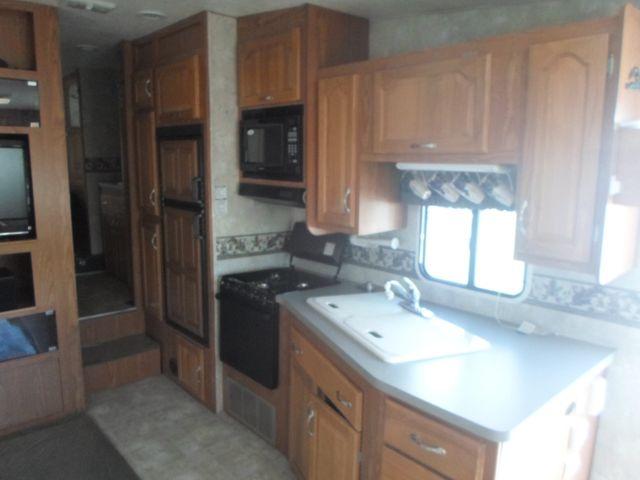 2005 Coachmen Chaparral 277DS Salem, Oregon 6