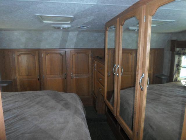 2005 Coachmen Chaparral 277DS Salem, Oregon 8