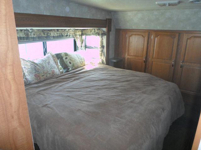 2005 Coachmen Chaparral 277DS Salem, Oregon 9