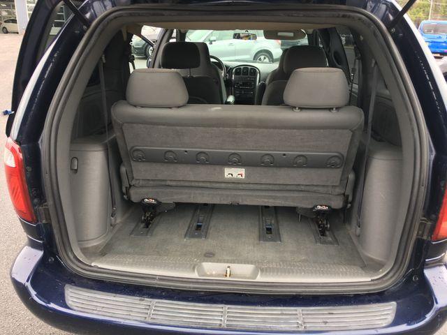 2005 Dodge Caravan SXT in Airport Motor Mile ( Metro Knoxville ), TN 37777