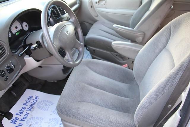 2005 Dodge Caravan SXT Santa Clarita, CA 13