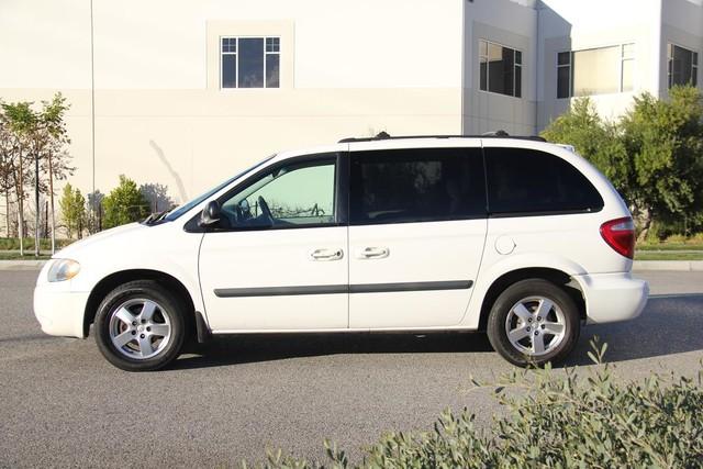 2005 Dodge Caravan SXT Santa Clarita, CA 11