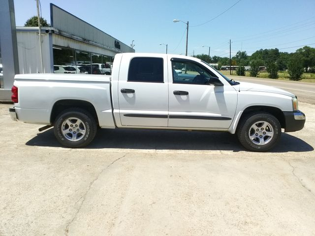 "2005 Dodge Dakota Crew Cab 131"" WB SLT Houston, Mississippi 4"