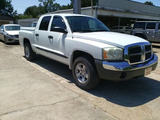 "2005 Dodge Dakota Crew Cab 131"" WB SLT Houston, Mississippi 1"