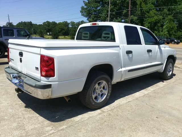 "2005 Dodge Dakota Crew Cab 131"" WB SLT Houston, Mississippi 2"