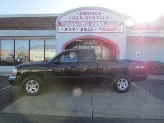 2005 Dodge Dakota SLT 4WD in Fremont OH, 43420
