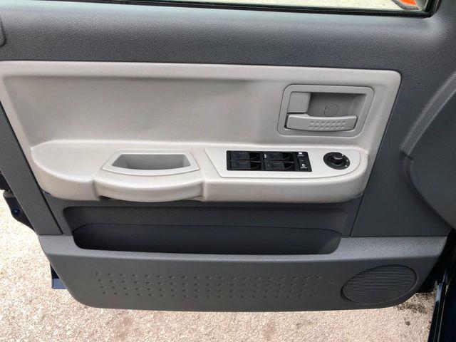 2005 Dodge Dakota SLT 4X4 in Gower Missouri, 64454