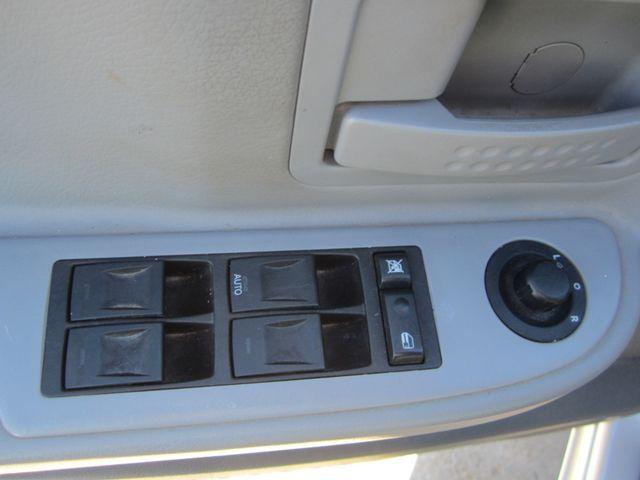 2005 Dodge Dakota Quad Cab SLT 4x4 Houston, Mississippi 16