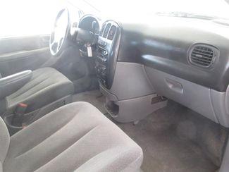 2005 Dodge Grand Caravan SXT Gardena, California 7