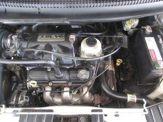 2005 Dodge Grand Caravan SXT Gardena, California 14