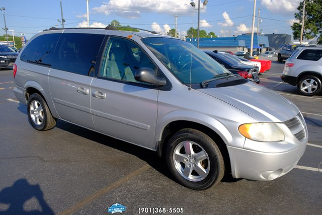 2005 Dodge Grand Caravan SXT in Memphis Tennessee, 38115
