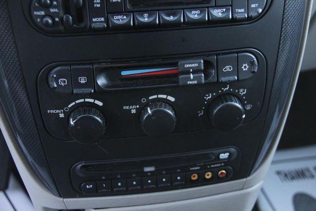 2005 Dodge Grand Caravan SXT Santa Clarita, CA 23