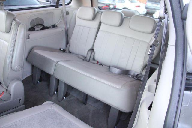 2005 Dodge Grand Caravan SXT Santa Clarita, CA 20