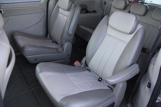 2005 Dodge Grand Caravan SXT Santa Clarita, CA 15