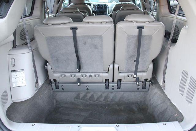 2005 Dodge Grand Caravan SXT Santa Clarita, CA 29