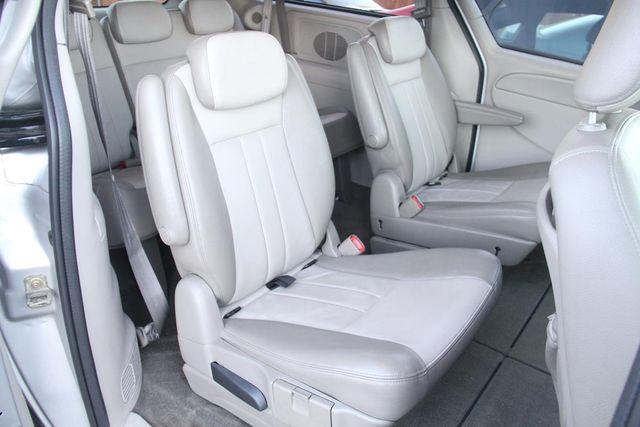 2005 Dodge Grand Caravan SXT Santa Clarita, CA 16