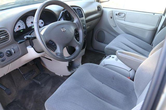2005 Dodge Grand Caravan SXT Santa Clarita, CA 8