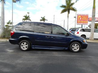 2005 Dodge Grand Caravan Sxt Wheelchair Van Handicap Ramp Van Pinellas Park, Florida 2