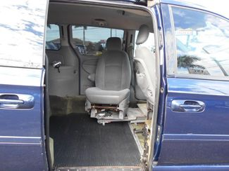 2005 Dodge Grand Caravan Sxt Wheelchair Van Handicap Ramp Van Pinellas Park, Florida 7