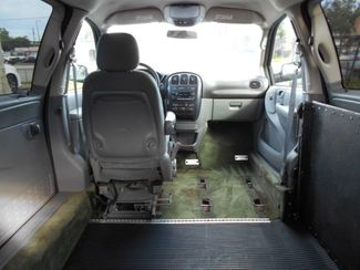 2005 Dodge Grand Caravan Sxt Wheelchair Van Handicap Ramp Van Pinellas Park, Florida 8
