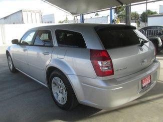2005 Dodge Magnum SE Gardena, California 1