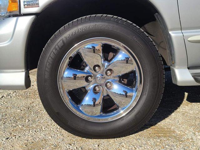 2005 Dodge Ram 1500 SLT in Hope Mills, NC 28348