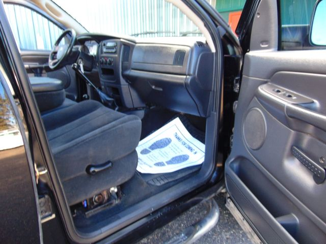2005 Dodge Ram 2500 SLT Quad Cab Cummins 6 Speed Manual Alexandria, Minnesota 24