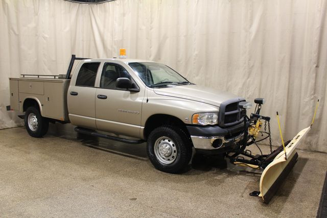2005 Dodge Ram 2500 Utlity with a plow