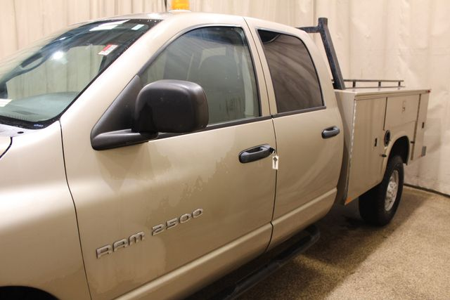 2005 Dodge Ram 2500 Utlity with a plow in Roscoe IL, 61073